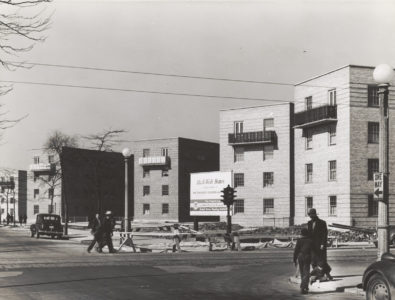 Mixed-Income Housing - In the 1930s and '40s, Chicago's public housing featured low-rise walk-ups, such as the Ida B. Wells Housing Project seen here.